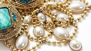 perhiasan asli indonesia